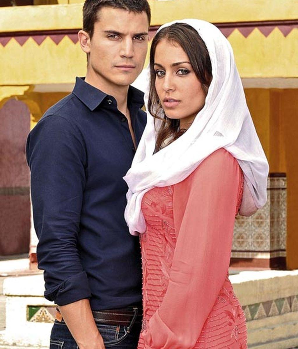 Alex González e Hiba Abouk
