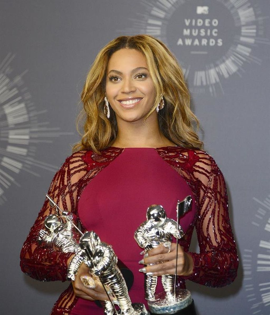 Beyoncé, MTV VIDEO MUSIC AWARDS 2014