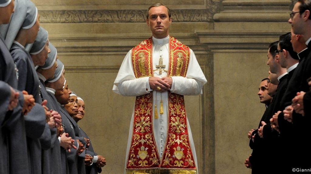 Jude Law, Paolo Sorrentino y 'The young pope' se presentan en la Mostra de Venecia