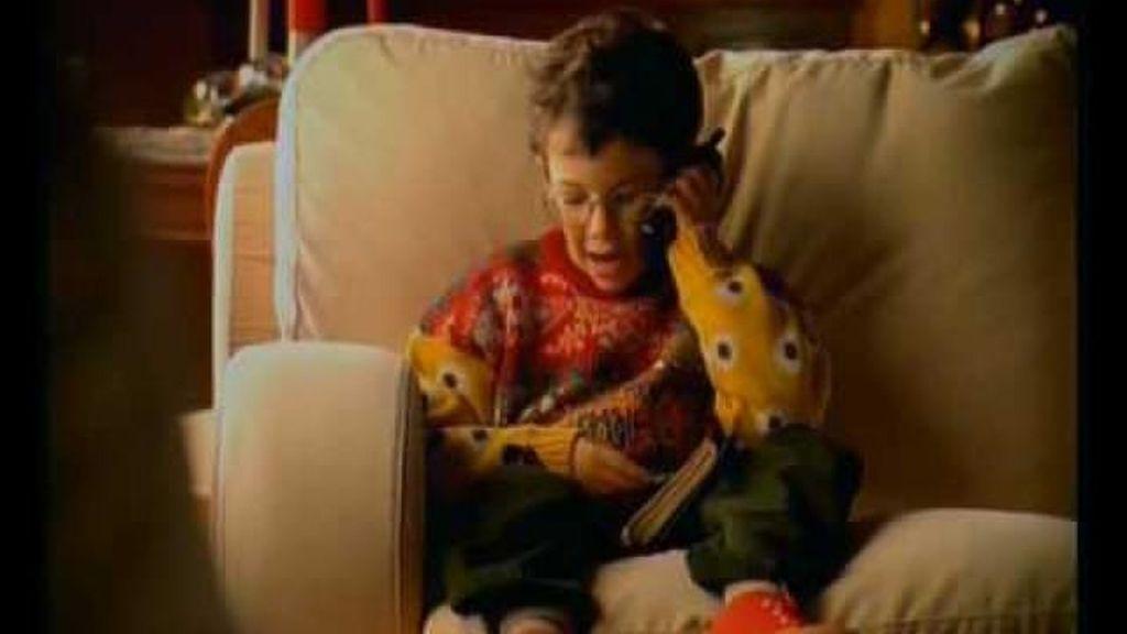 """Frame del anuncio de Edu: """"Hola, soy Edu. ¡Feliz Navidad!"""""""