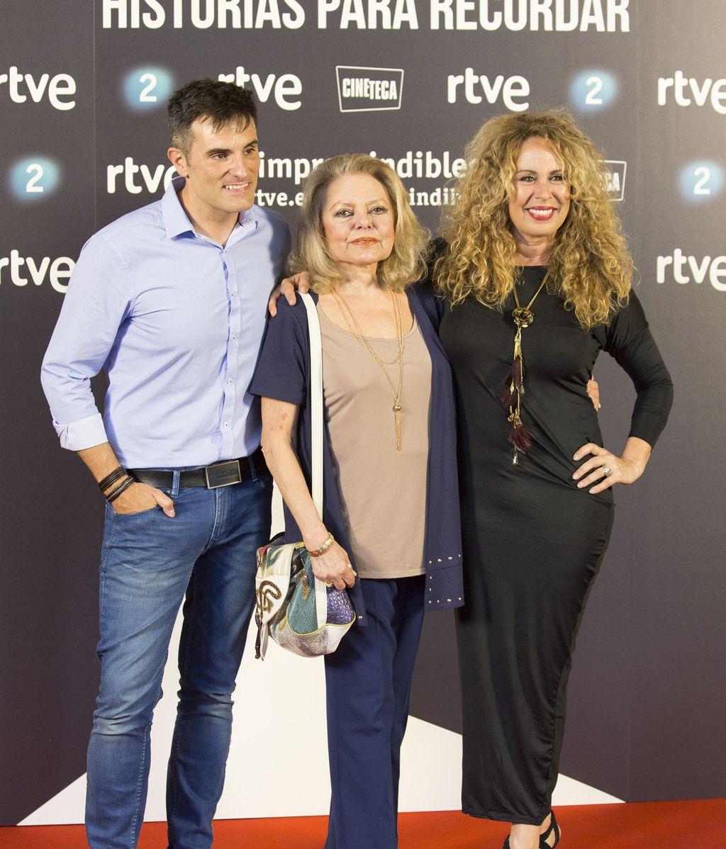 Luis Larrodera, Mayra Gómez Kemp y Miriam Díaz Aroca