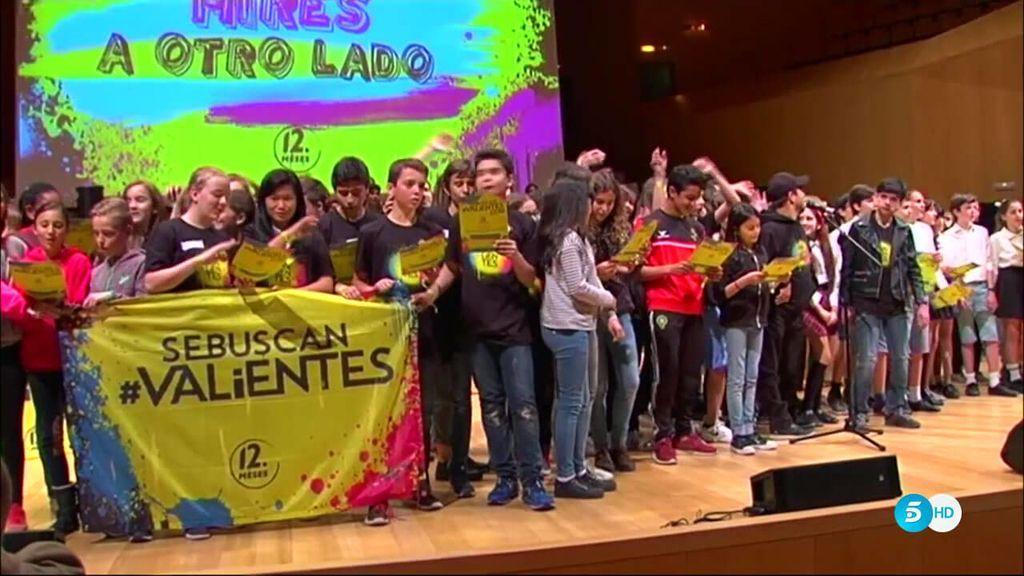 1.800 #valientes se unen a la campaña de '12 Meses' en un gran evento en Zaragoza