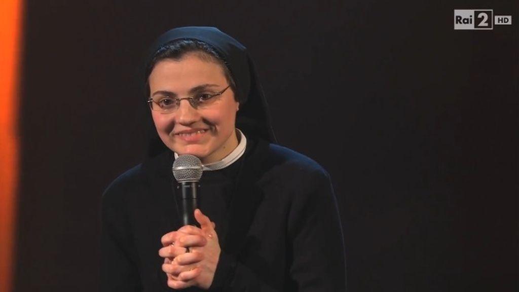 Una monja revoluciona 'La voz' en Italia