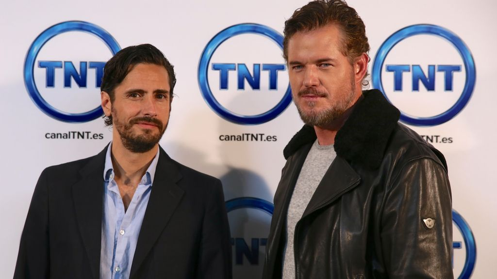 Eric Dane y Juan Diego Botto TNT