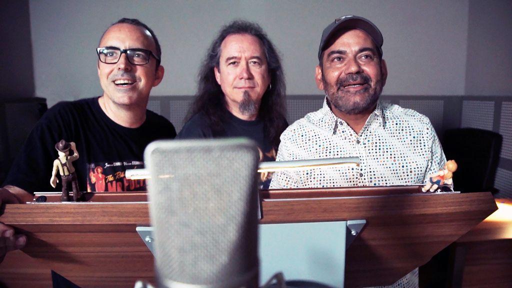 Óscar Barberán (Tadeo Jones), Luis Posada (Momia) y José Corbacho (taxista) en el doblaje de 'Tadeo Jones 2. El secreto del Rey Midas'