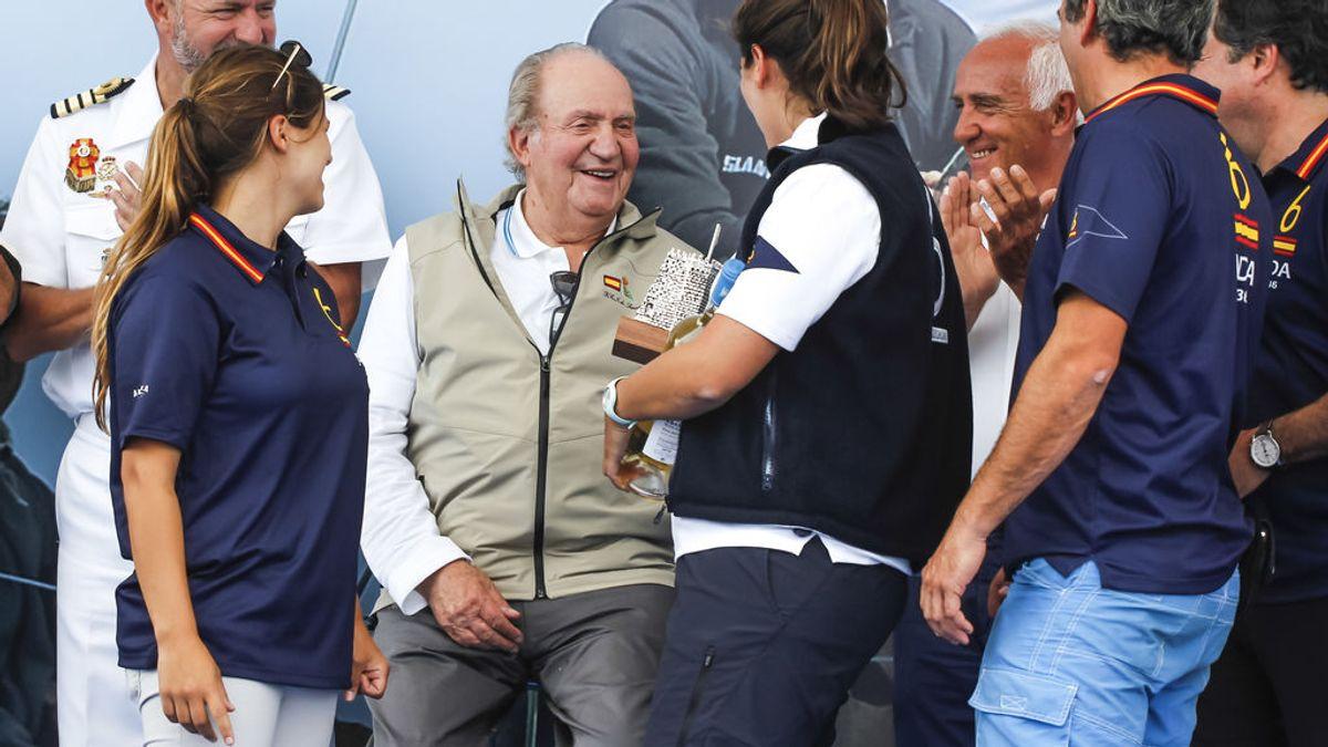 El Rey emérito Don Juan Carlos, campeón del mundo de vela a los 79 años con su 'Bribón'