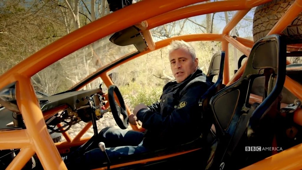 Matt LeBlanc no encaja en los coches de 'Top gear'
