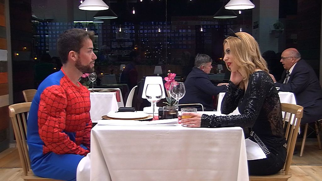 'First dates' - especial superhéroes. Emisión 30-05-2017