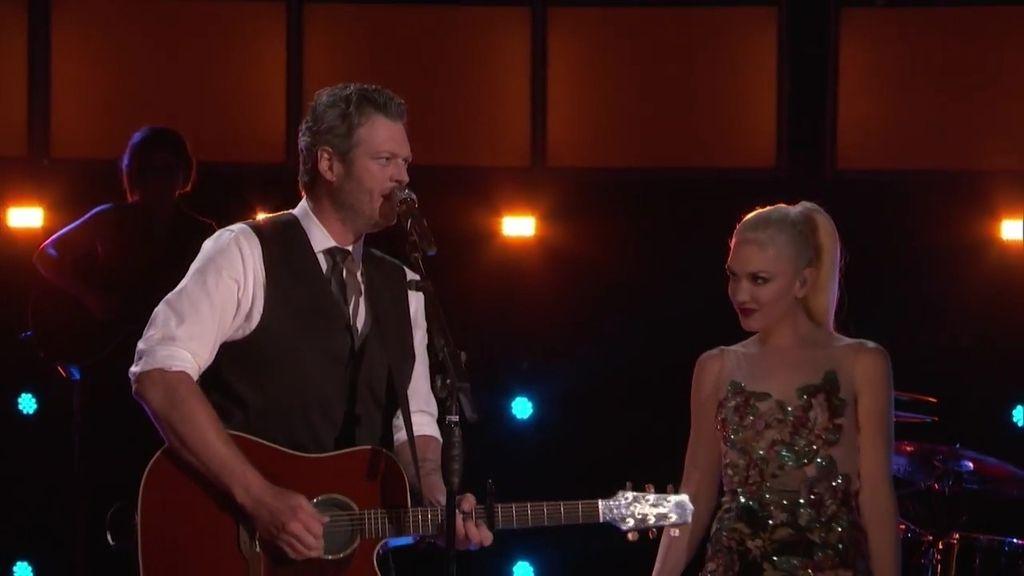 Gwen Stefani y Blake Shelton cantan a dúo por primera vez