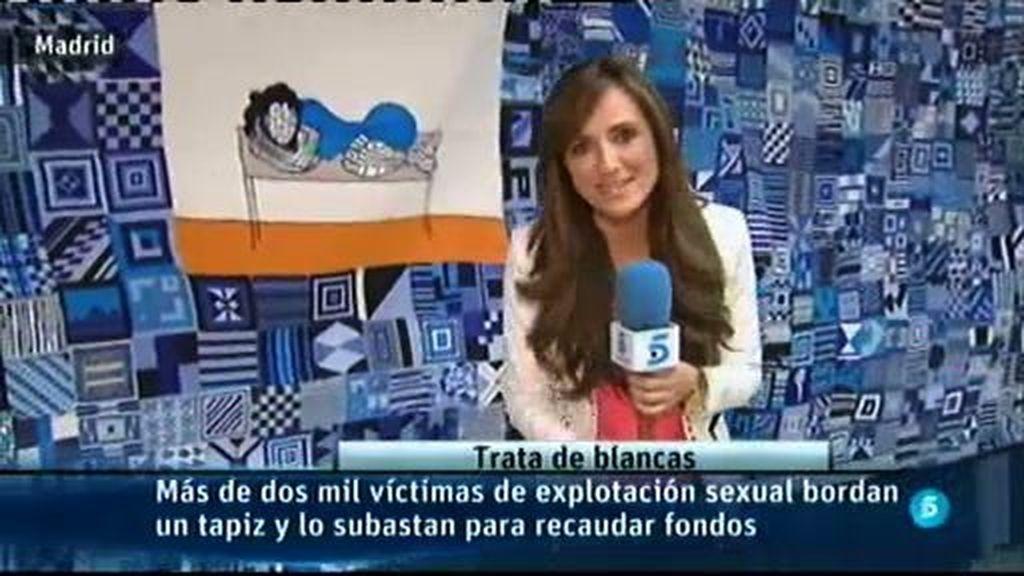 2.500 víctimas de explotación sexual bordan un tapiz y lo subastan para recaudar fondos