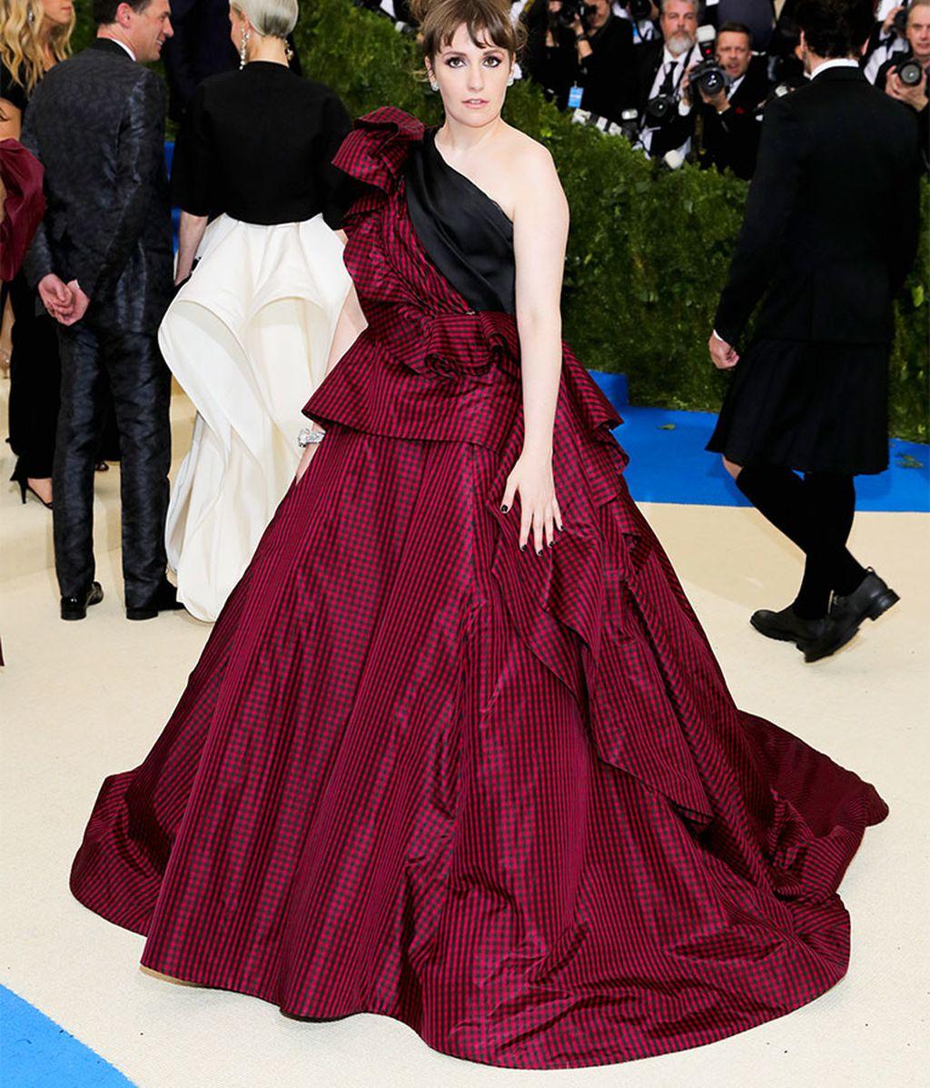 La actriz Lena Dunham en la gala MET 2017, en Nueva York