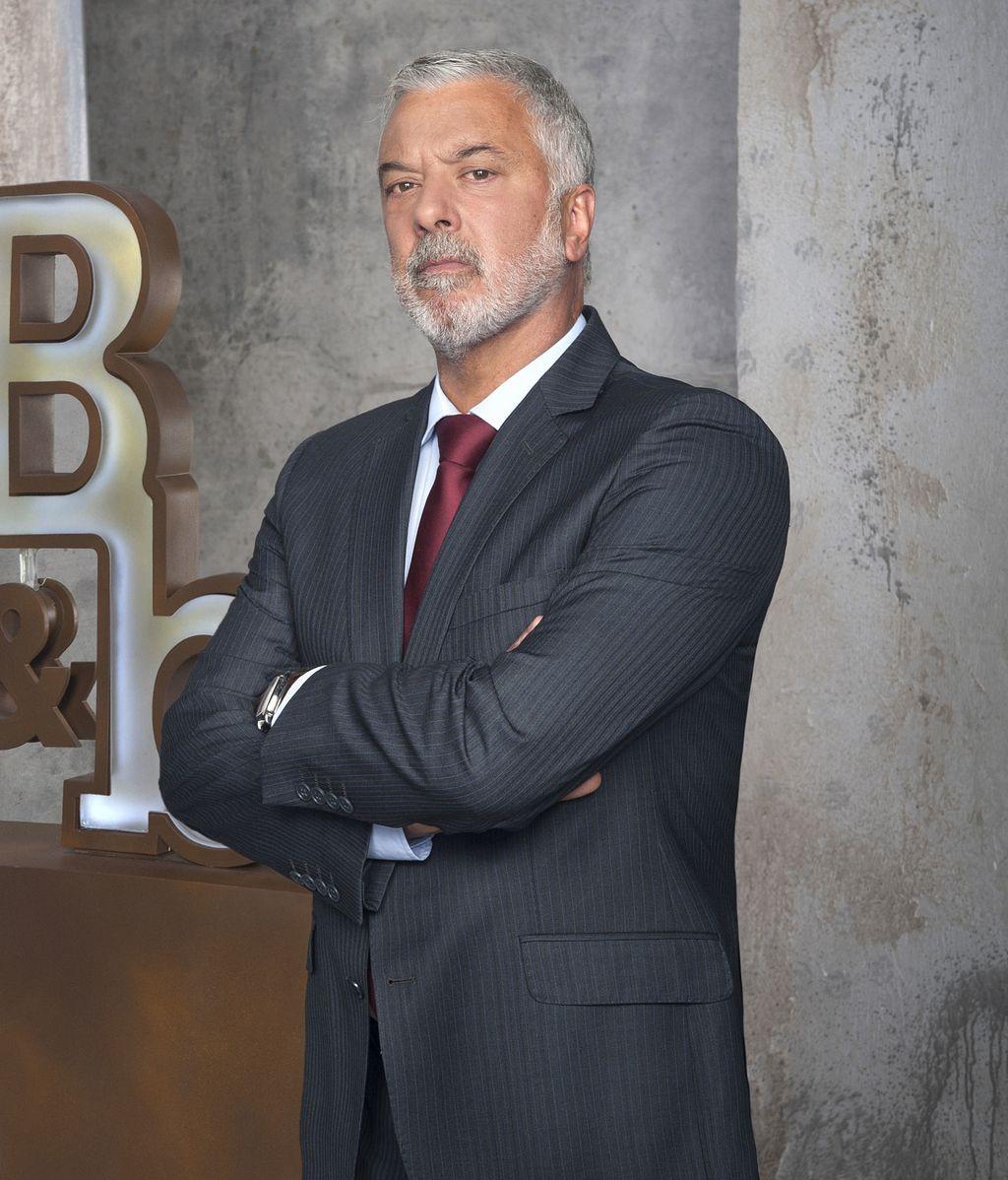 Bornay (Adolfo Fernández), en el abismo