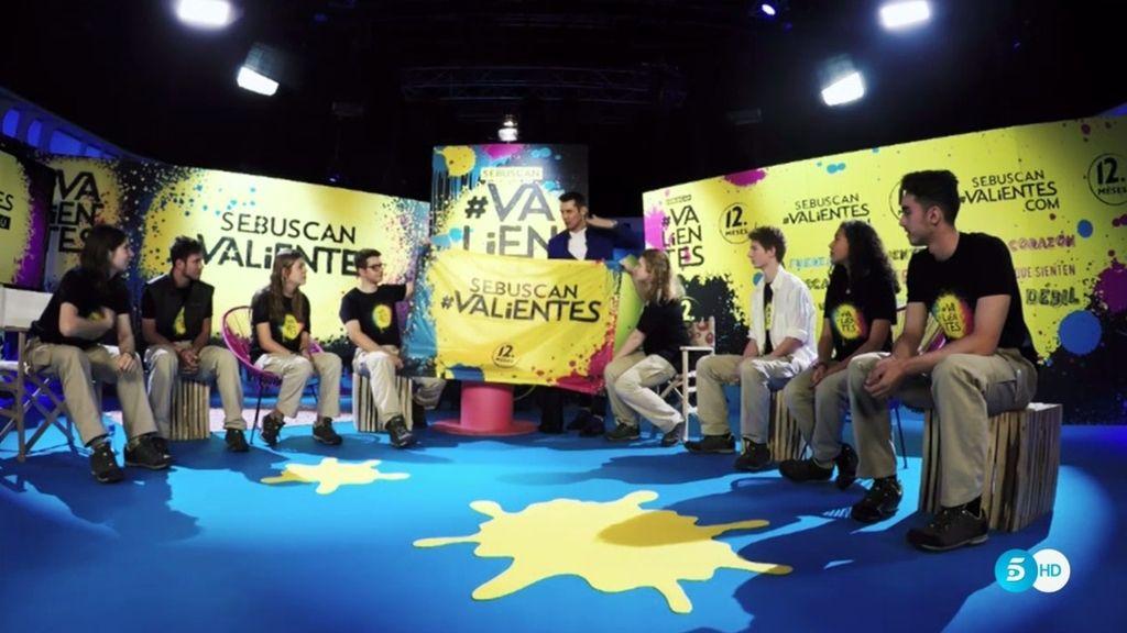 """Jesús Vázquez: """"Queremos que llevéis la bandera de los #valientes y la plantéis allí """""""