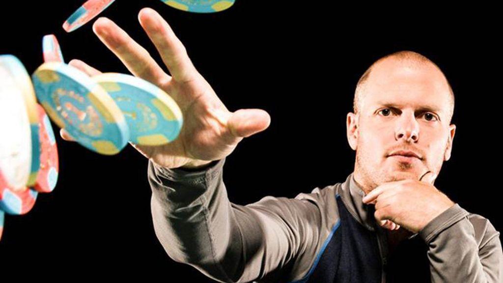 'El experto novato' Tim Ferriss aprende de deportes extremos a música en tiempo récord