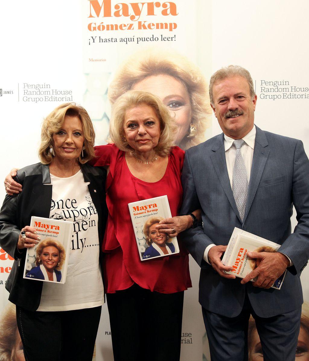 Maria Teresa Campos y Mayra Gomez Kemp. Presentacion memorias ¡Y hasta aquí puedo leer!