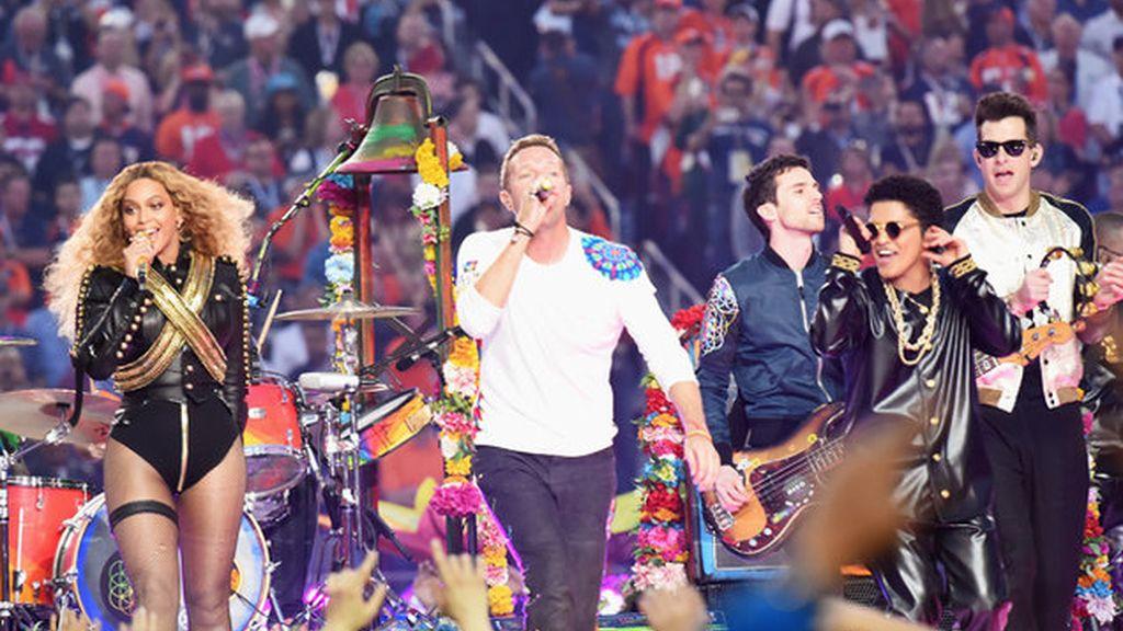 Coldplay junto a Beyoncé y Bruno Mars