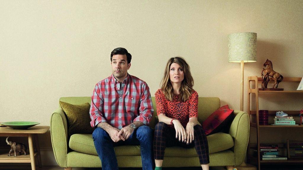Rob Delaney y Sharon Horgan son Rob Norris y Sharon Morris en 'Catastrophe'