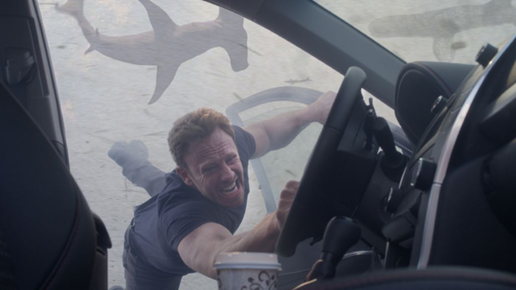 El tornado de tiburones de Syfy, desde dentro