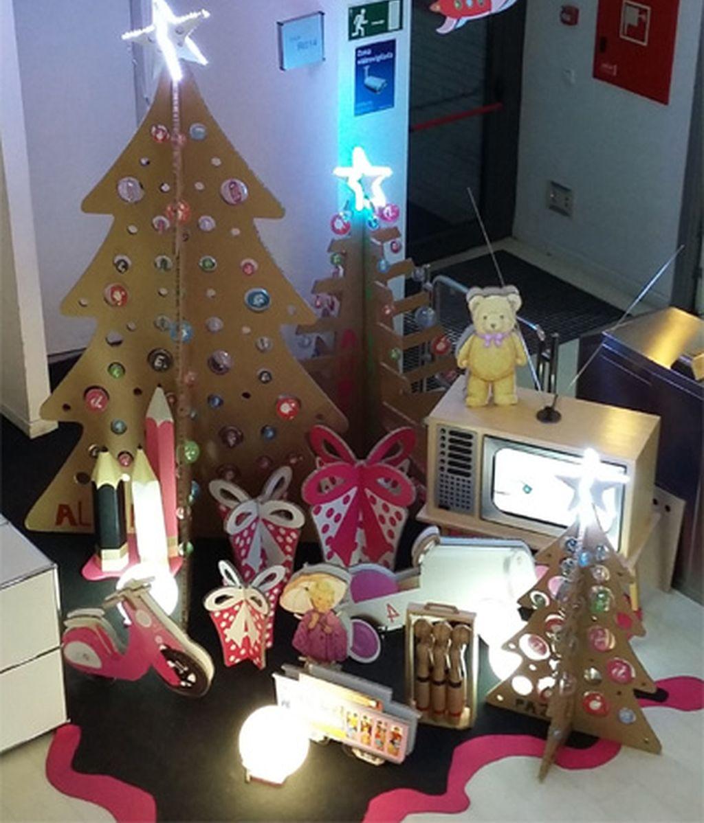 Decoración navideña en Mediaset en 2015 (3)
