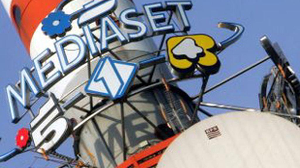 Antenas en la sede de Milán de Mediaset, el segundo grupo que más ha crecido en los últimos meses.