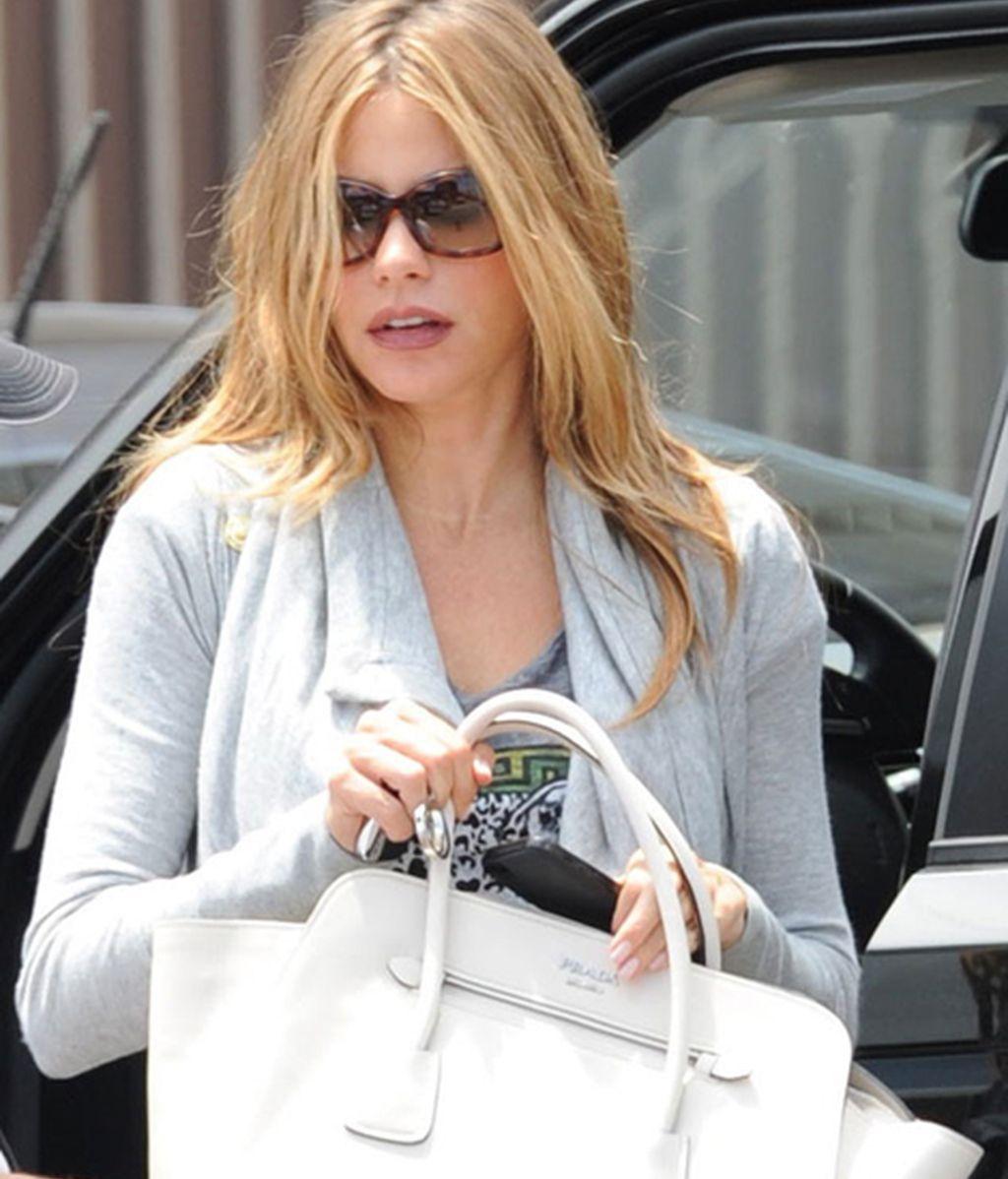 Sofía vuelve más rubia a Los Ángeles