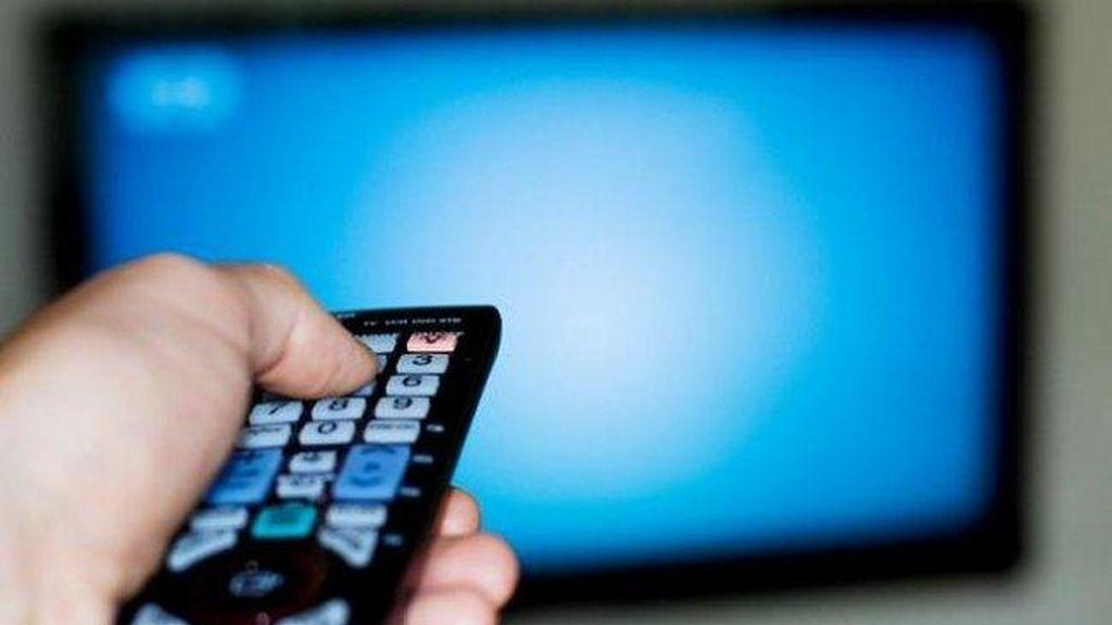 El 72% de los españoles se informa a diario por la televisión y la radio