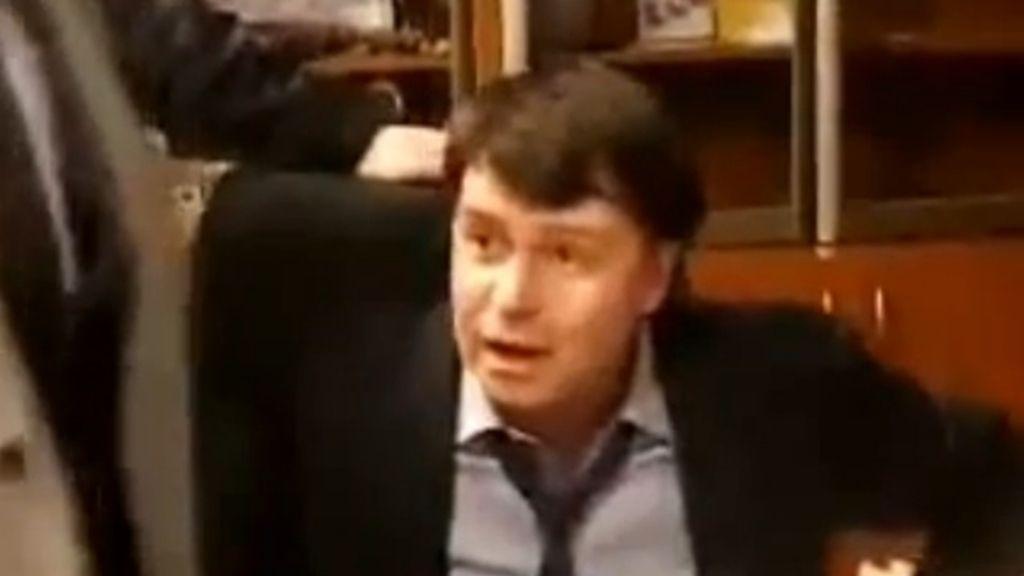 Diputados nacionalistas agreden al director de la televisión pública de Ucrania