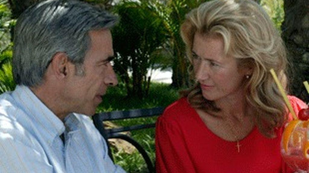 Imanol Arias y Ana Duato, protagonistas de 'Cuéntame'.