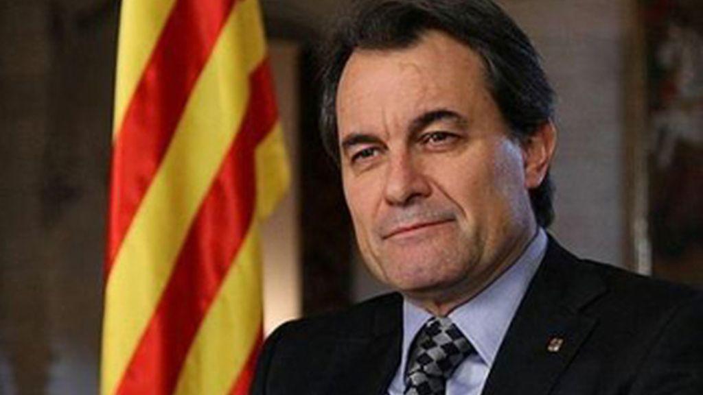 Telemadrid compara el nacionalismo catalán con el nazismo