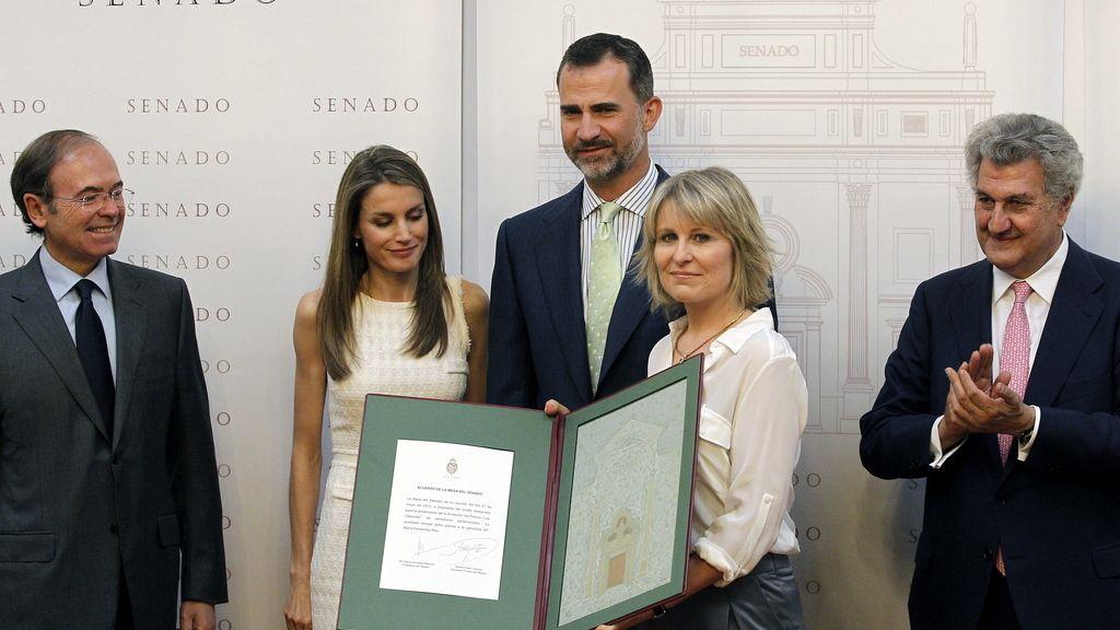 María Rey recibe el premio Luis Carandell