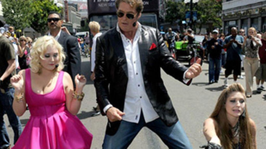 David Hasselhoff, con sus hijas Taylor Ann y Hayley promocionan el programa.
