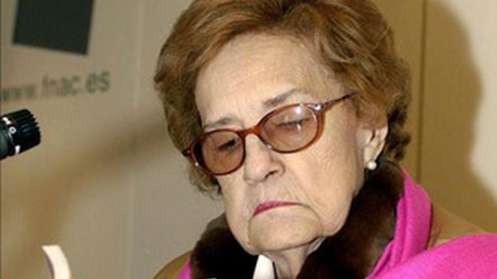 Socorro Tellado López, más conocida como Corín Tellado.
