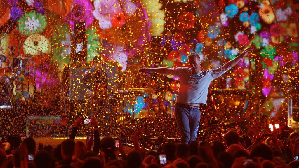 La banda musical Coldplay actuó en el Festival de Música iHeartRadio en el T-Mobile Arena en Las Vegas