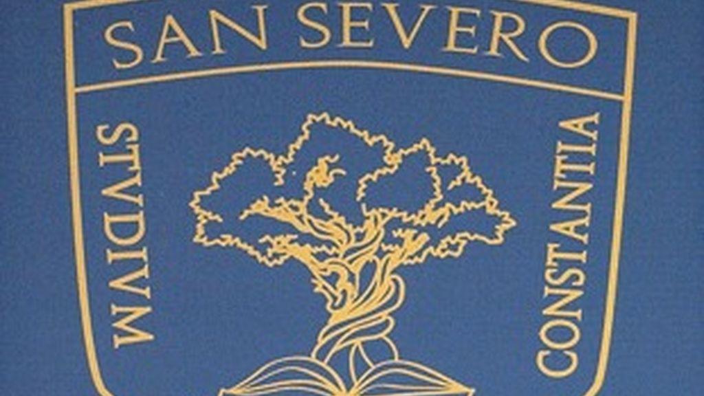 Escudo del colegio San Severo.