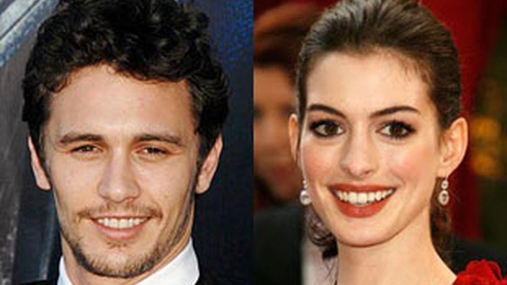 James Franco y Anne Hathaway.