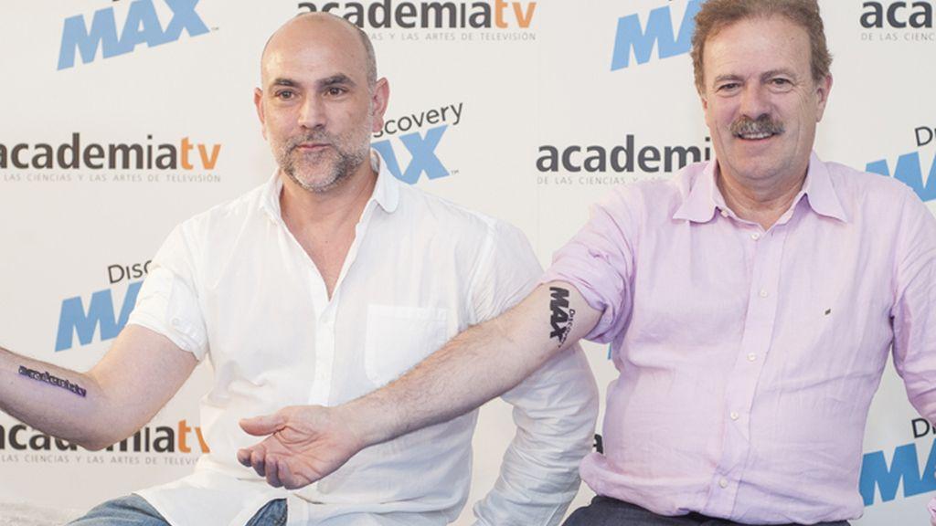 Discovery Max y la Academia de Televisión, hermanos de tinta