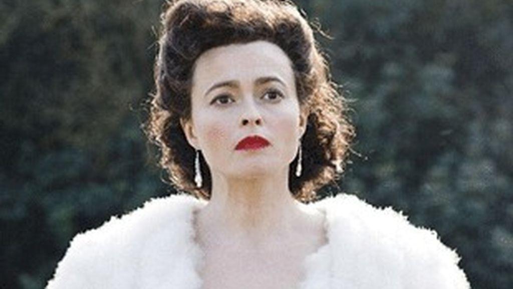 Helena Bonham Carter, caracterizada como Enid Blyton.