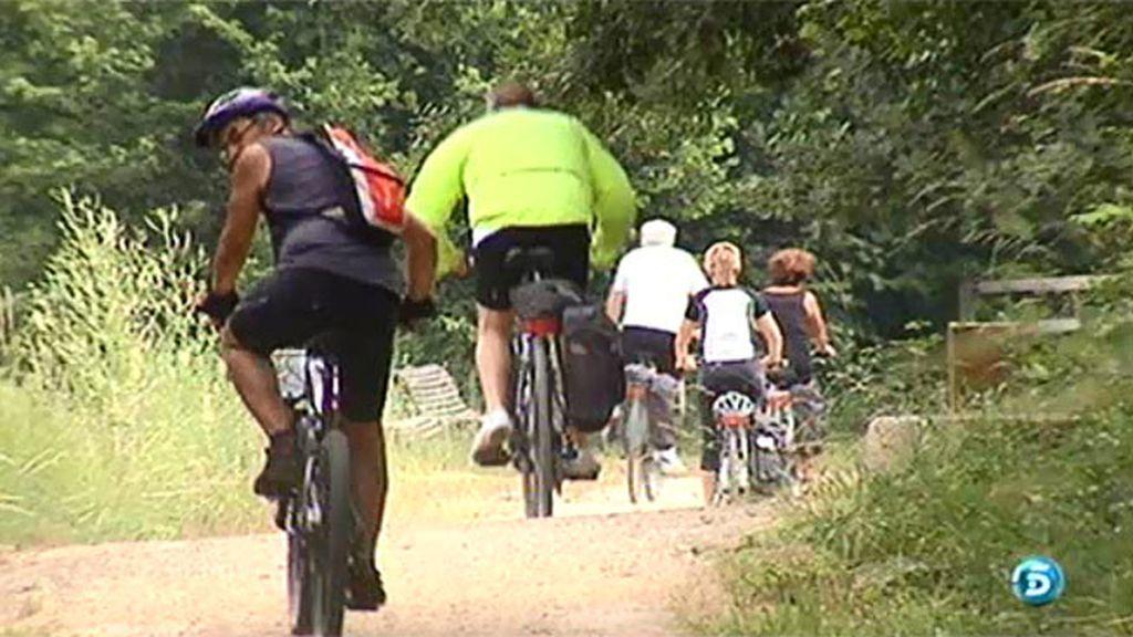 La Vía Verde de la Garrotxa, un paseo en bici por Girona