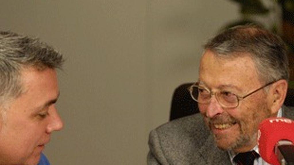 Alberto Oliart, entrevistado en RNE por Juan Ramón Lucas.