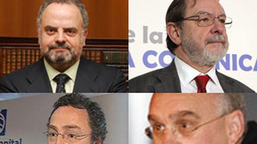 De izquierda a derecha, y de arriba a abajo: Ignacio Polanco, Juan Luis Cebrián, Manuel Polanco e Ignacio Santillana.