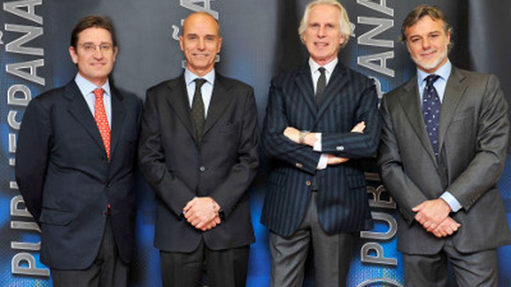 Lázaro García, director de marketing; Marco Seniga, consejero delegado de Publiespaña; Giuseppe Tringali, presidente de Publiespaña y Consejero Delegado de Mediaset; Giuseppe Silvestroni, director general comercial.