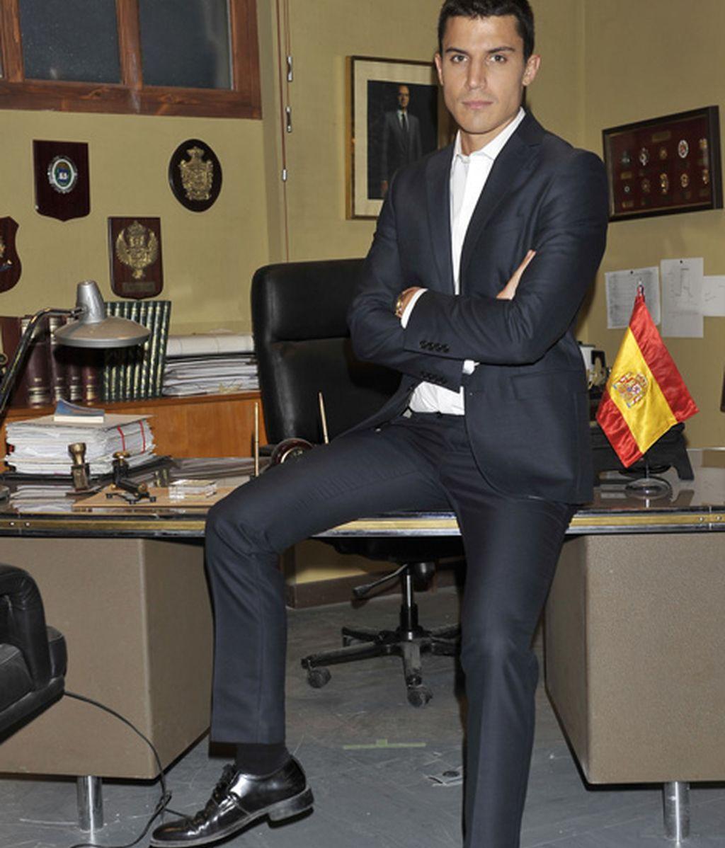 Álex González es Javier Morey (@agente_morey)