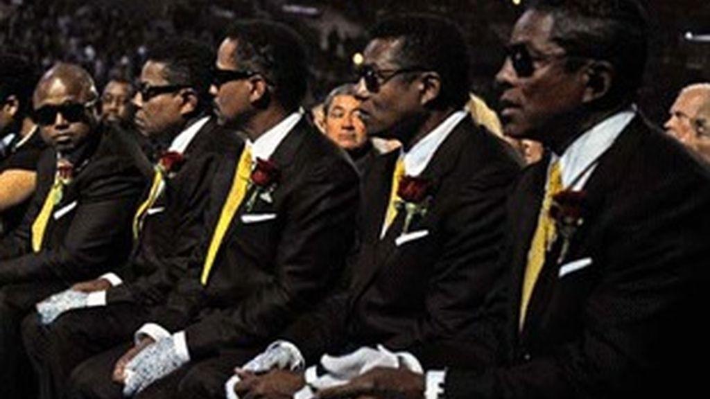 Los hermanos Jackson en el funeral del 'rey del pop'.