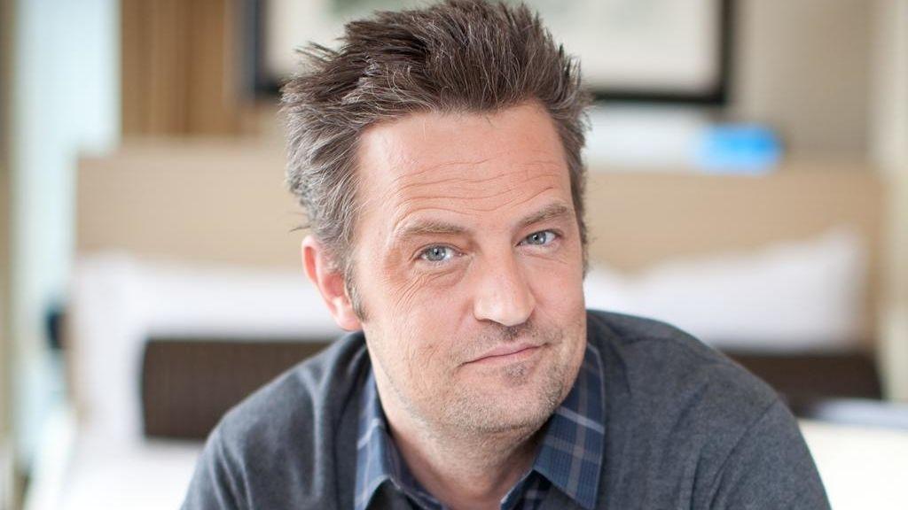 Matthew Perry protagoniza la adaptación de 'Una extraña pareja'