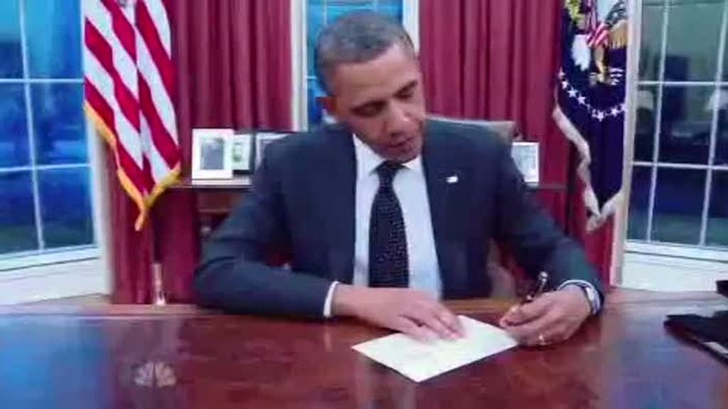 Obama felicita a Betty White por sus 90 años