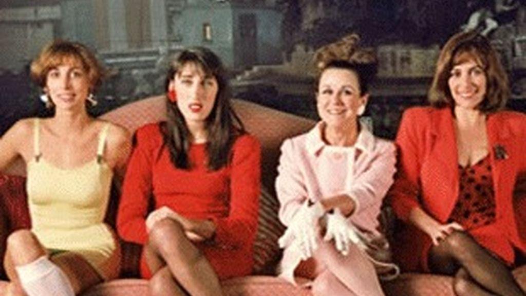 Protagonistas de la película 'Mujeres al borde de un ataque de nervios'.