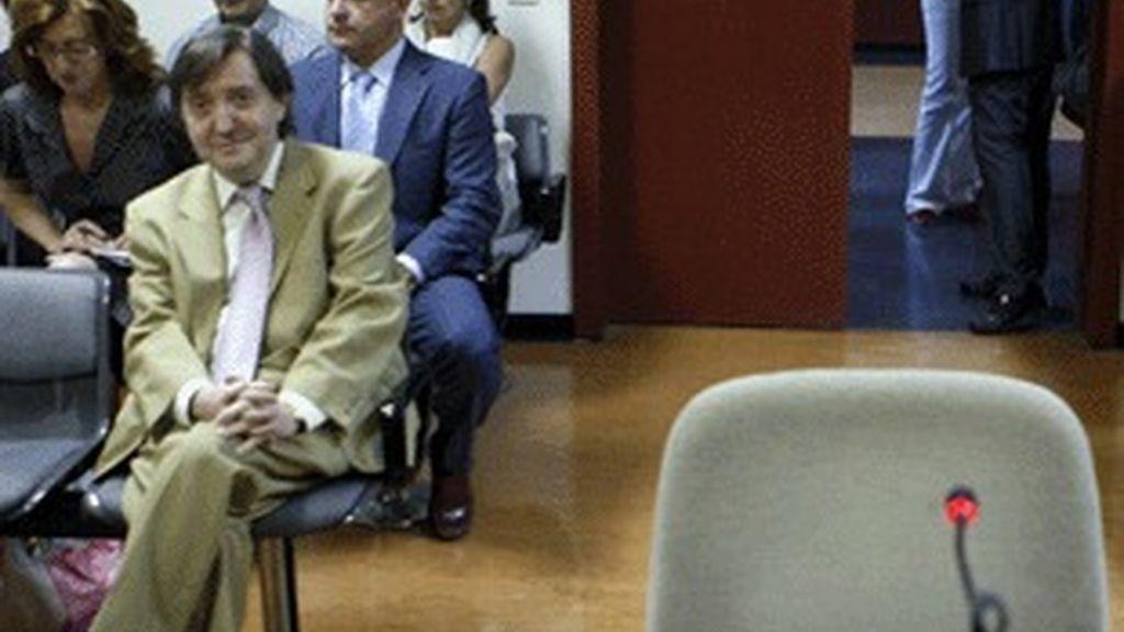 Federico Jiménez Losantos, en el banquillo de los acusados.