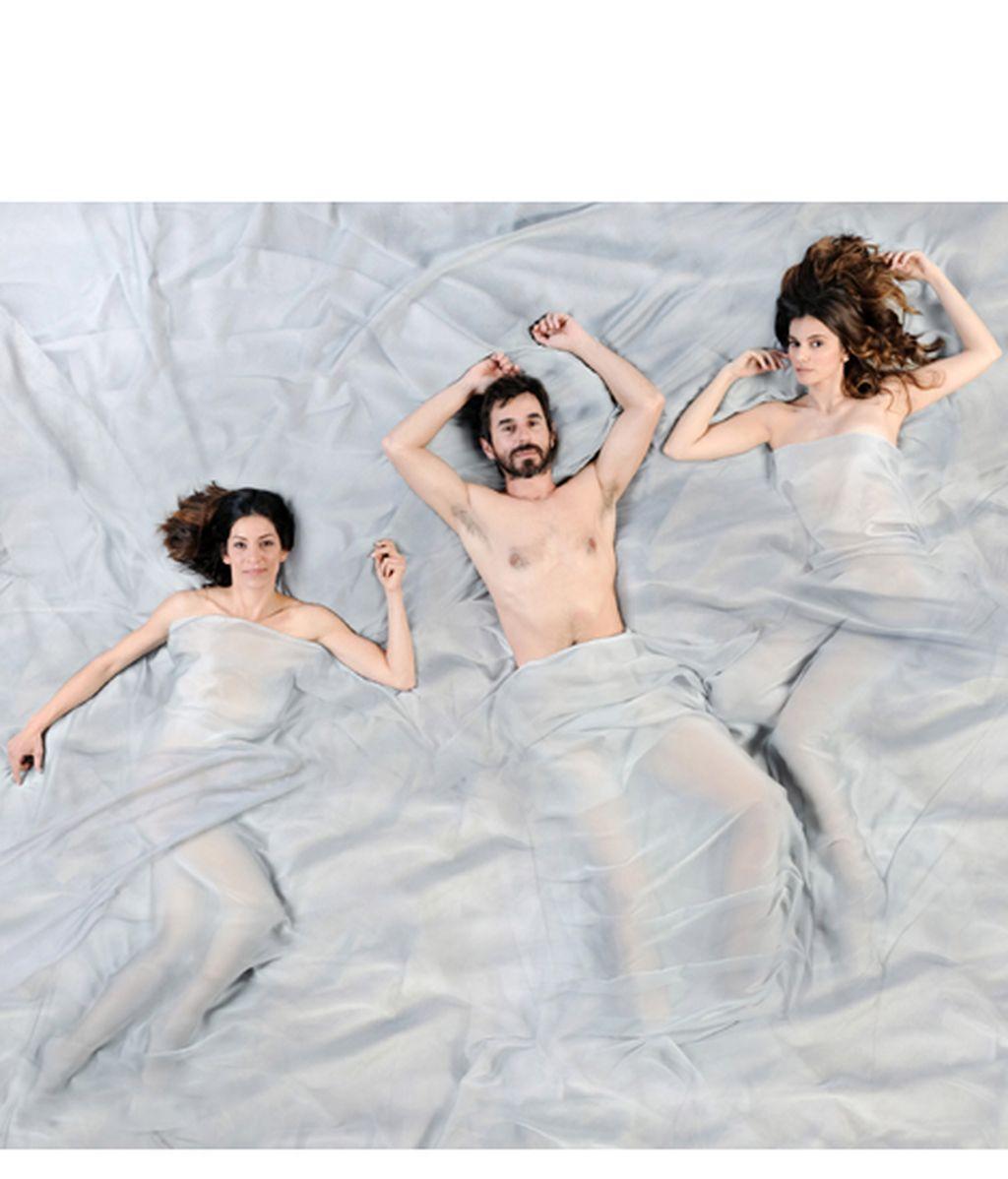 Sandra Ferrús es Ana, Santi Millán es Pablo y Norma Ruiz es Pilar