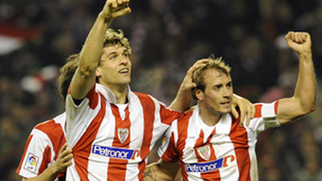 Llorente y Yeste, jugadores del Athletic.
