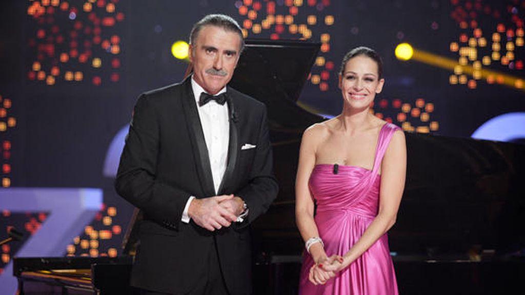 Eva González y Juan y Medio